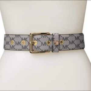 Michael Kors gray snap keeper logo print  belt.